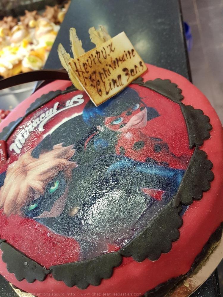 Gâteau Miraculous
